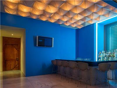 Blue Lounge Bar