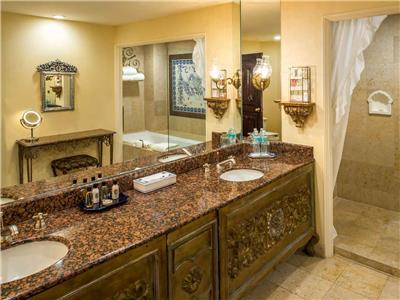Grand Class Suite - Bathroom