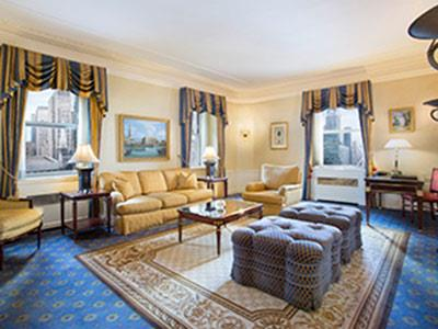 One King Waldorf Signature Suite With Breakfast