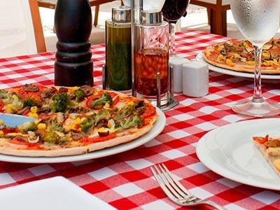 """Pizzería """"La Huerta"""""""