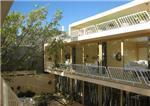 B sico hotel en playa del carmen quintana roo for Fachadas hoteles minimalistas