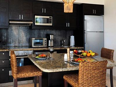 Three Bedroom Premium Partial Ocean View - Kitchen