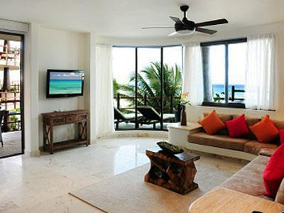 Three Bedroom Premium Partial Ocean View - Livinrg Room Another Angle