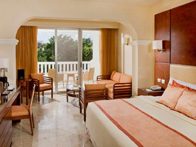 Deluxe Junior Suite with Jacuzzi