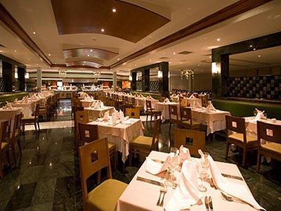 Restaurante Buffet Sunset Grand Riviera Princess All Suites Resort & Spa