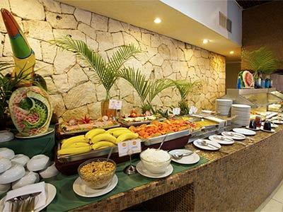 La Ceiba Restaurante Bar and Buffet