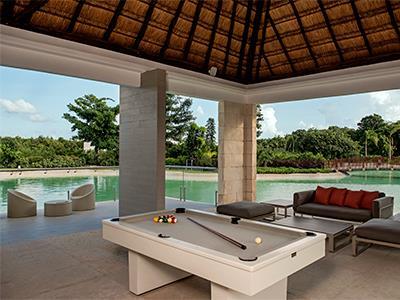Club House - Billiard