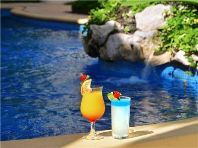 Pool - Cocktails