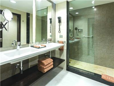 Junior Suite - Baño,
