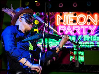 Riu Get Together Party - Neon Party