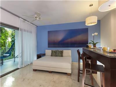 Palm Deluxe One Bedroom Suite Cuadruple