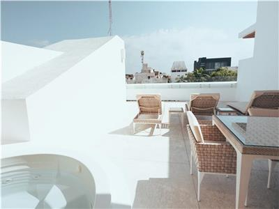 One Bedroom Private Jacuzzi & Roof