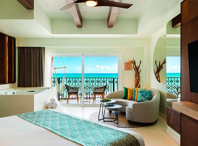 Junior Suite Oceanfront - 1 King Bed