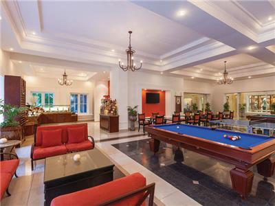 24 Horas VIP Lounge Hilton Playa del Carmen, an All-inclusive Resort