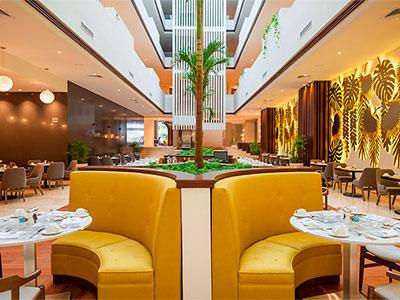 Veintiocho Restaurant