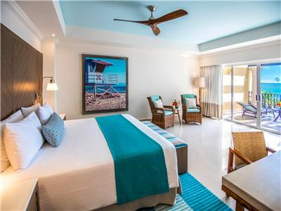 Master One Bedroom Suite Ocean Front
