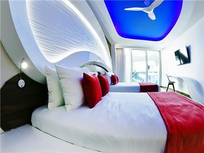 Coral Suite Partial Ocean View