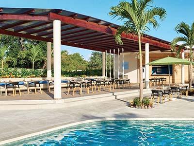 Poolside Grill Restaurant