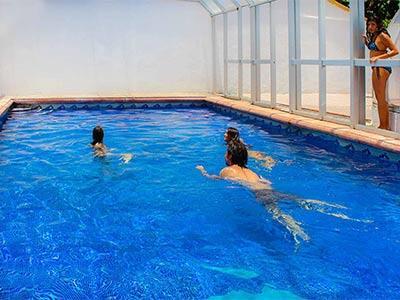 Fotograf as del hotel casa del r o hotel spa for Hoteles con piscina en guadalajara