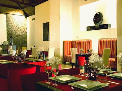 Restaurante Jardín de Jade BlueBay Villas Doradas