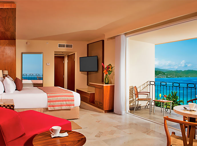 Sun Club Deluxe Romantic Suite Ocean View
