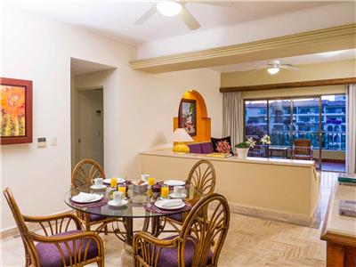 Two Bedroom Family Suite Ocean View + Free Wi Fi