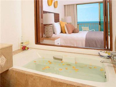 Suite Premiere Frente al Mar Jacuzzi y Balcón Wifi