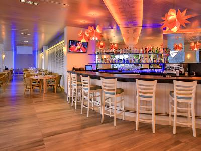 La Corona Lounge Bar