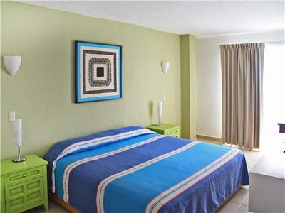 1 King Apartment and WiFi Deal of the Day- Room