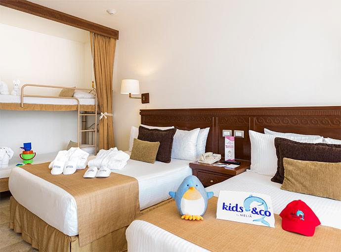 Family Kids & Co Free Wifi VIP Amenities