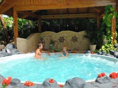 Spa - Jacuzzi Outdoors
