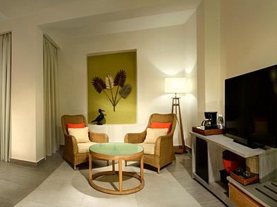 Privileged Deluxe Junior Suite - Living Area