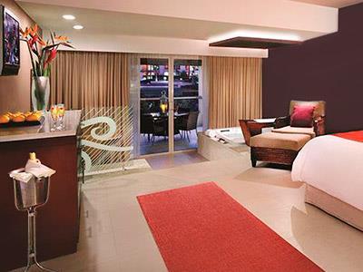 Islander Junior Suite
