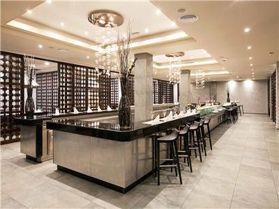 9 Doors Restaurant