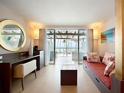 Jr Suite Deluxe Ocean Premium Club Non Refundable