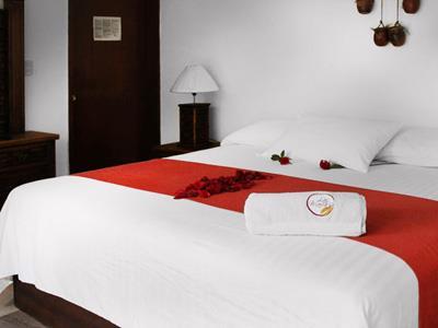 Suites las mar as hotel en quer taro quer taro for Hotel luxury queretaro