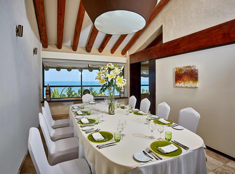 Level Restaurant)