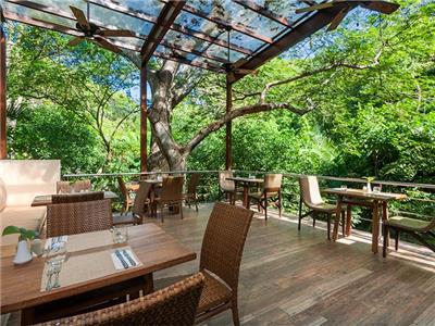 Restaurant Huanacaxtle