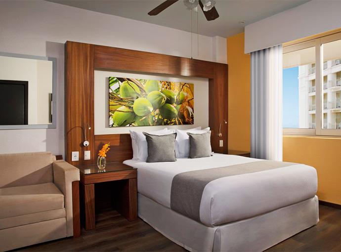 Deluxe Resort View Queen