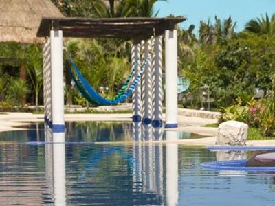 Pool - Hammocks