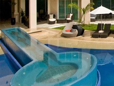 Pool - Jacuzzi