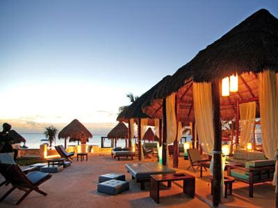 Azul Beach Lounge