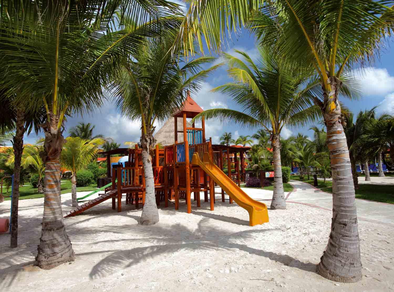 Playground)