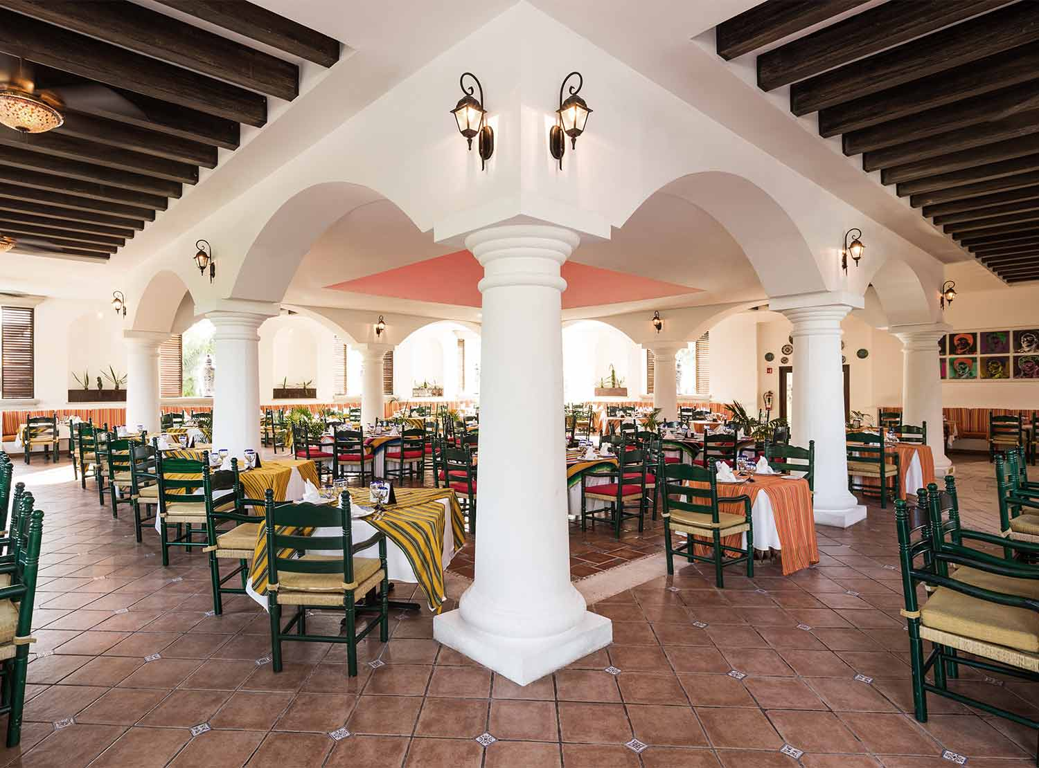 Restaurante Don Isi BlueBay Grand Esmeralda - All Inclusive