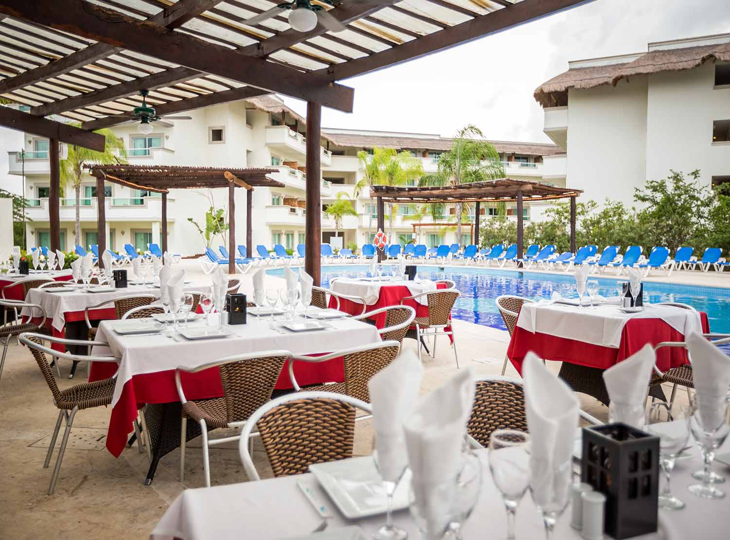 Restaurante Festival BlueBay Grand Esmeralda - All Inclusive