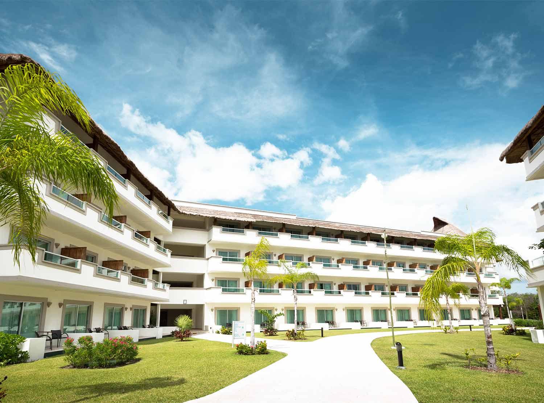 fachada BlueBay Grand Esmeralda - All Inclusive
