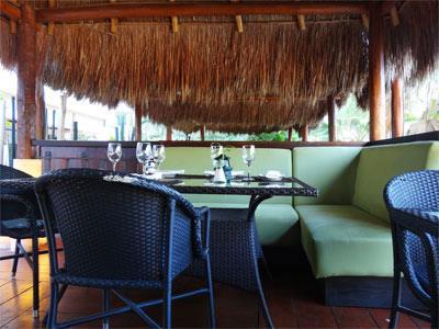 Gohan Sushi Lounge - Tables
