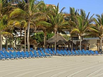 Adults Pool - Lounge Chairs