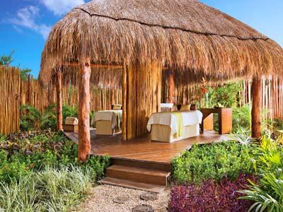Fotograf as del hotel dreams riviera canc n resort for Cabanas para jardin