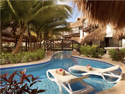 Swim Up Casita Suite